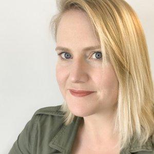 A portrait of Amy Stuart