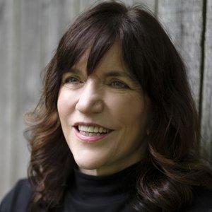 A portrait of Bonnie Kistler
