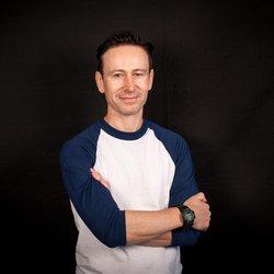 Gordon Macmillan author picture