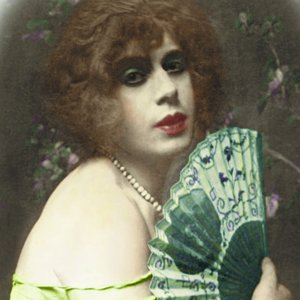 Lili Elbe, edited by Niels Hoyer